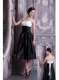 Formal White and Black A-line Spaghetti Straps Prom / Homecoming Dress Taffeta Ruch Knee-length