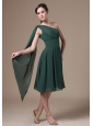 Chiffon Green One Shoulder Homecoming Dress With Tea-length