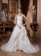 2013 A-line Lace Decorate Bust Strapless Wedding Gowns With Taffeta