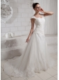 2013 Appliques Straps Sweetheart Wedding Dress With Chapel Train