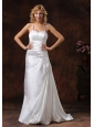 Halter Neckline Ivory Wedding Dress With Brus Train Satin Ruch Decorate