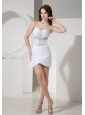 White Short Wedding Dress Hot With Beaded Decorate Bodice Sweetheart Neckline