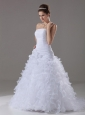 Ruffles Luxurious Strapless A-Line / Princess Brush /Sweep Organza Wedding Dress