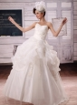 2013 Appliques and Pick-ups Ball Gown Wedding Dress For Custom Made