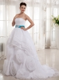 2013 Hand Made Flowers and Beading Wedding Dress With Organza