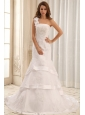 Luxurious Mermaid One Shoulder Wedding Gowns With Ruffled Layers and Appliques