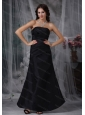 Black A-line Strapless Satin Ruch 2013 Dama Dresses