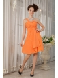 Orange Short One Shoulder Chiffon Ruch Dama Dresses for Quinceanera
