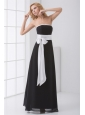 Elegant Empire Strapless Floor-length Black Prom Dress with Sash