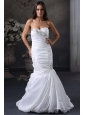 Luxurious Mermaid Sweetheart Beading Wedding Dress with Brush Train