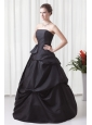 Strapless A-line Black Taffeta Ruche Decorate Quinceanera Dress
