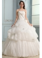 Ball Gown Strapless Beaded Decorate Wedding Dress with Brush Train