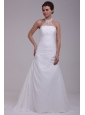 A-Line Halter Ruching and Appliques Chiffon Wedding Dress