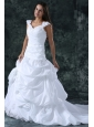 Elegant Ball Gown V-Neck Taffeta Appliques Wedding Dress