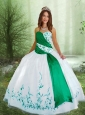 Discount Sweetheart Embroidery Quinceanera Dress in White and Green