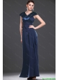 2016 Exquisite V Neck Navy Blue Long Prom Dresses with Ruching