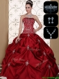 Latest Embroidery Strapless Sweet 16 Dresses in Wine Red