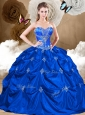 2016 Unique Sweetheart Quinceanera Dresses with Appliques and Pick Ups