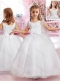 Elegant Scoop Handcrafted Flower and Applique Flower Girl Dress in Tulle