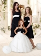 Comfortable Straps Black Bridesmaid Dress with Handle Made Flower and Sashes
