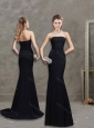 Elegant Strapless Column Black Evening Dress with Brush Train