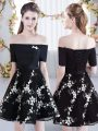 Romantic Black Off The Shoulder Neckline Appliques Wedding Party Dress Short Sleeves Lace Up