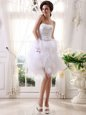 Captivating White A-line Beading and Belt Cocktail Dresses Zipper Organza Sleeveless Knee Length