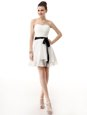 A-line White Sweetheart Chiffon Sleeveless Knee Length Lace Up