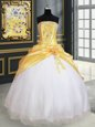 White Ball Gowns Beading and Ruffles Vestidos de Quinceanera Lace Up Organza Sleeveless Floor Length