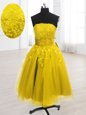 Stylish Embroidery Prom Dresses Yellow Lace Up Sleeveless Knee Length
