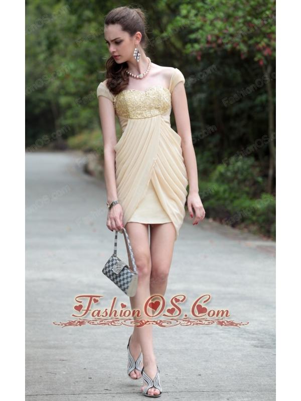 Champagne Column Sweetheart Mini-length Chiffon Beading Appliques Prom / Homecoming Dress