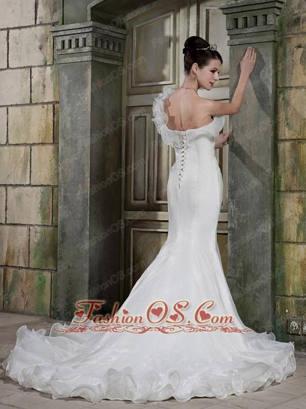 Beautiful Trumpet / Mermaid One Shoulder Chapel Train Satin and Organza Wedding Dress