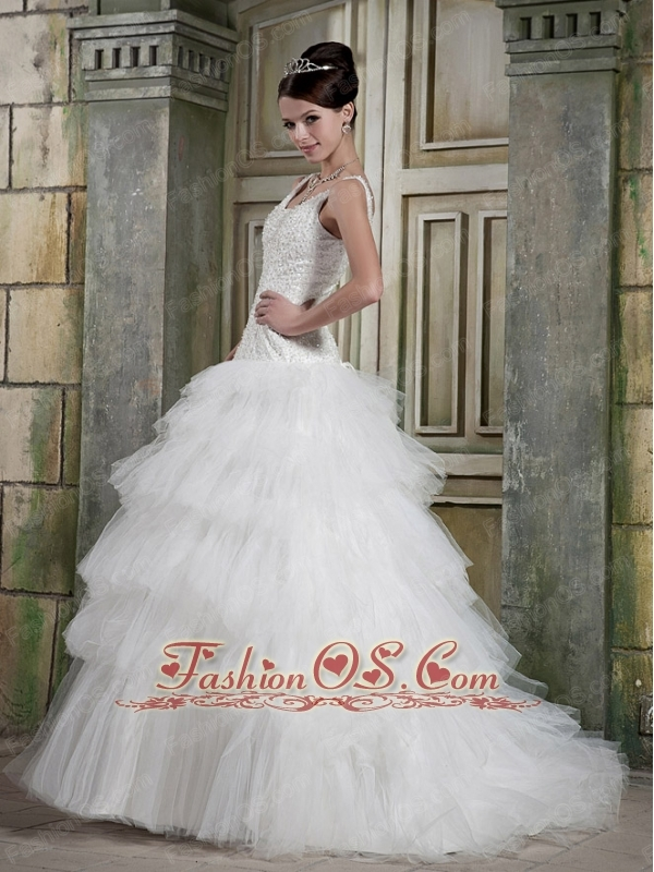 Elegant A-line Scoop Neck Floor-length Satin and Tulle Beading Wedding Dress