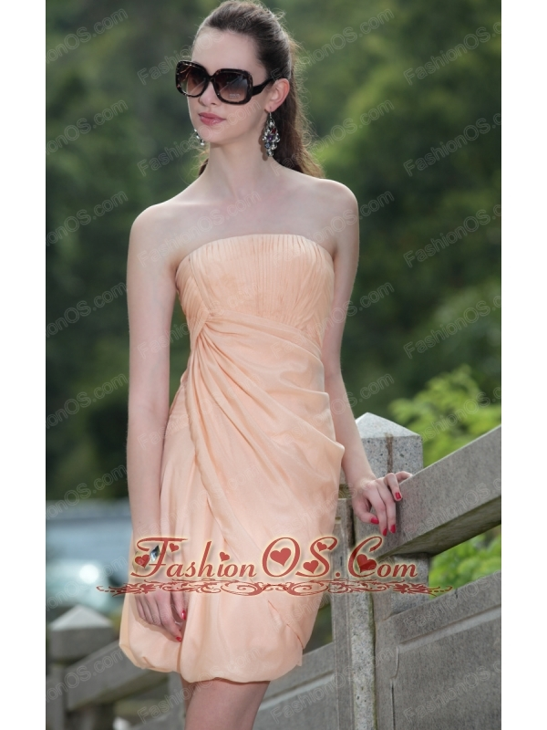 Pink Column / Sheath Strapless Mini-length Organza Ruch Prom / Homecoming Dress