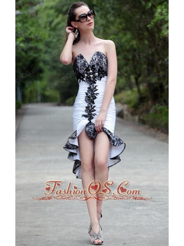 White Column / Sheath V-neck High-low Taffeta and Lace Beading Prom / Homecoming Dress