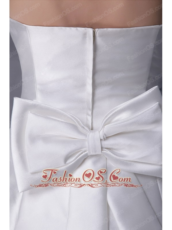 Gorgeous  A-Line / Princess Srapless Chapel Train Satin Beading and Bowknot Wedding Dress