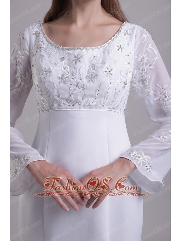 Traditional  Trumpet / Mermaid Scoop Brush Train Chiffon and Satin Embroidery Wedding Dress