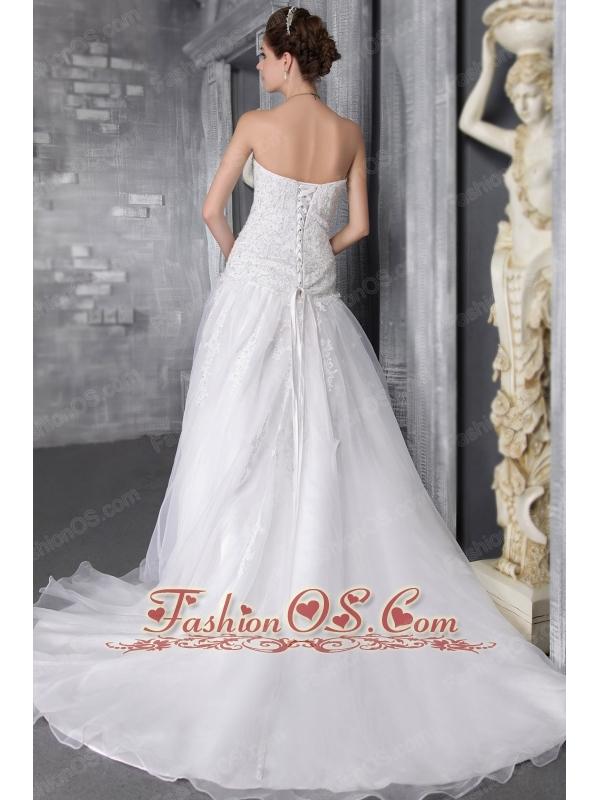 Elegant A-Line/Princess Sweetheart Court Train Organza Wedding Dress