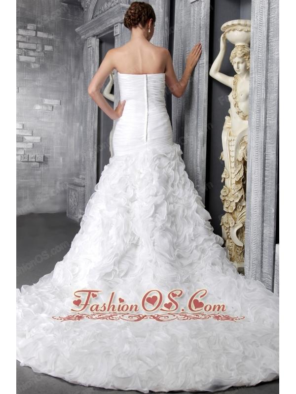 Romantic A-Line / Princess Sweetheart Chapel Train Organza Ruffles Wedding Dress