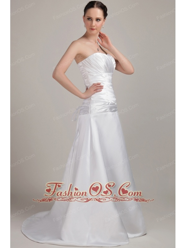 Romantic A-Line / Princess Sweetheart Brush / Sweep Satin Ruch Wedding Dress