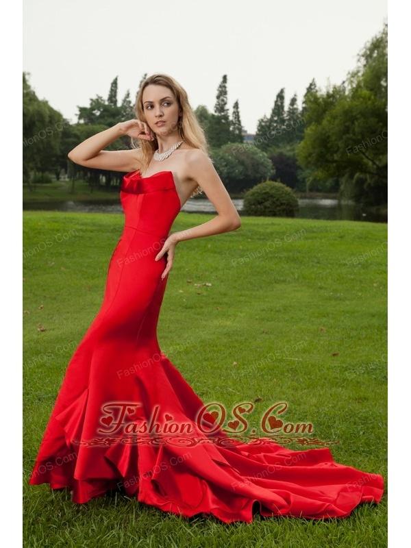 Red taffeta prom dress