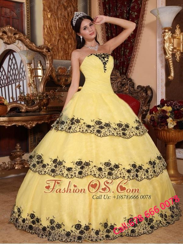 Affordable Yellow Quinceanera Dress Strapless Organza Lace Appliques Ball Gown