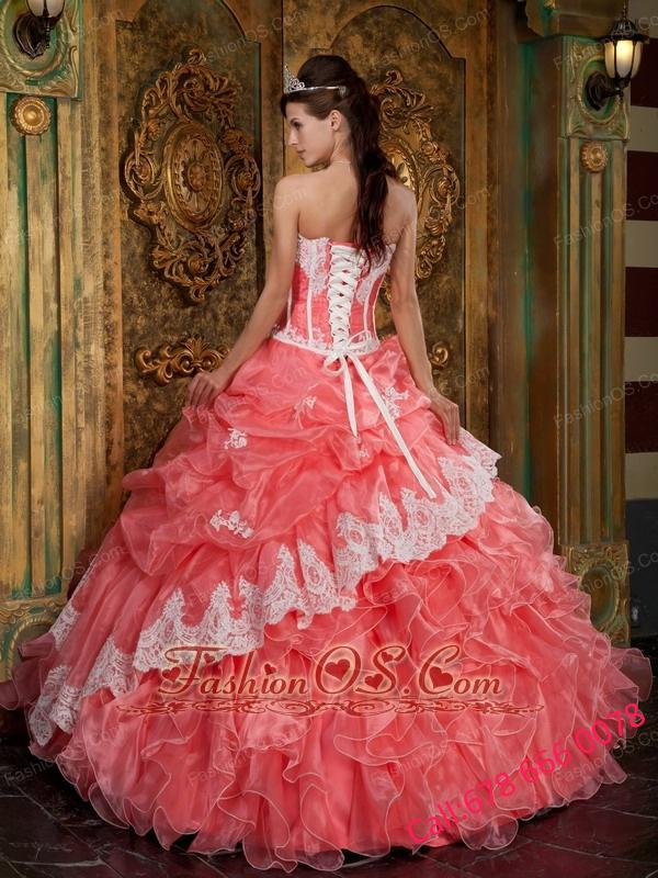 Beautiful Waltermelon Quinceanera Dress Strapless Ruffles Organza Ball Gown