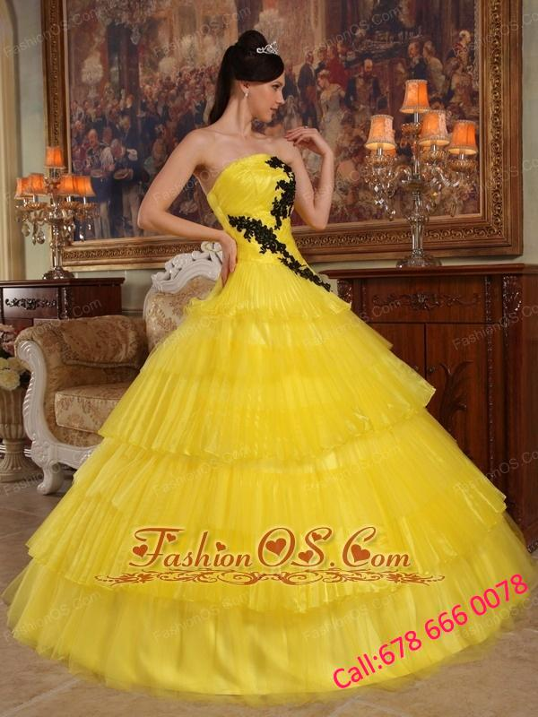 Beautiful Yellow Quinceanera Dress Strapless Organza Appliques Ball Gown