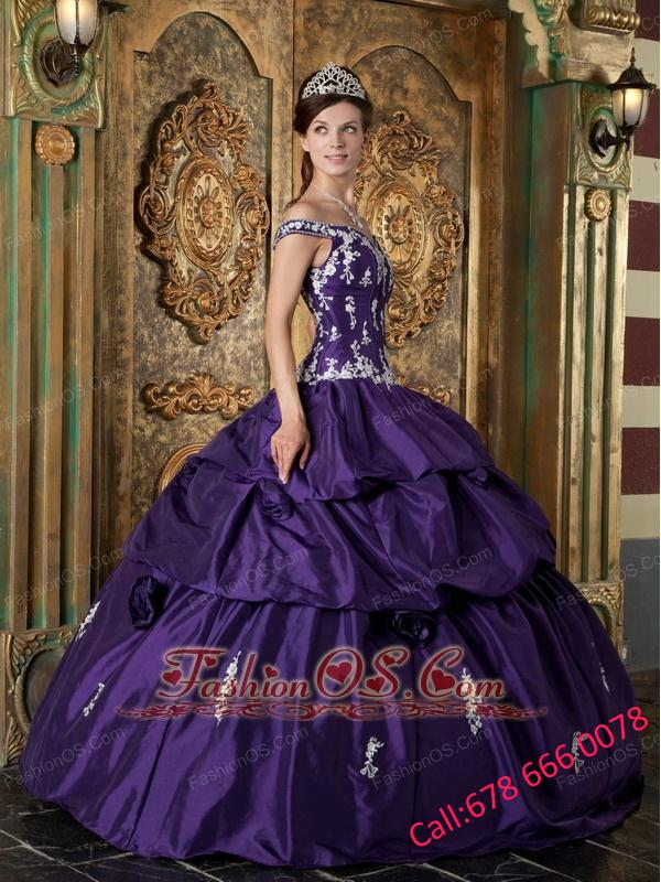 Classsical Purple Quinceanera Dress Off The Shoulder Taffeta Appliques Ball Gown