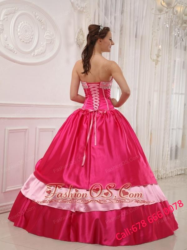 Elegant Coral Red Quinceanera Dress Sweetheart Satin Appliques with Beading Ball Gown