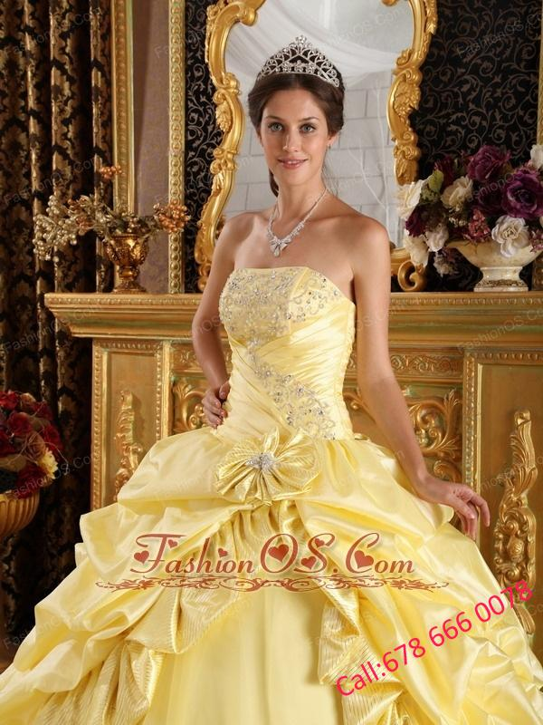 Latest Light Yellow Quinceanera Dress Taffeta and Tulle Beading Ball Gown