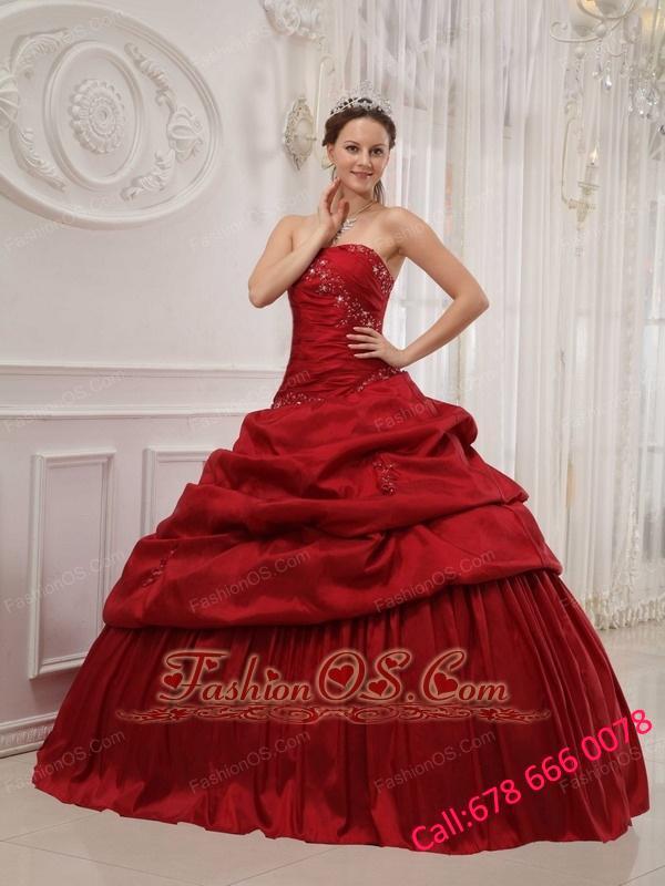 Luxurious Wine Red Quinceanera Dress Strapless Taffeta Ruffles Ball Gown