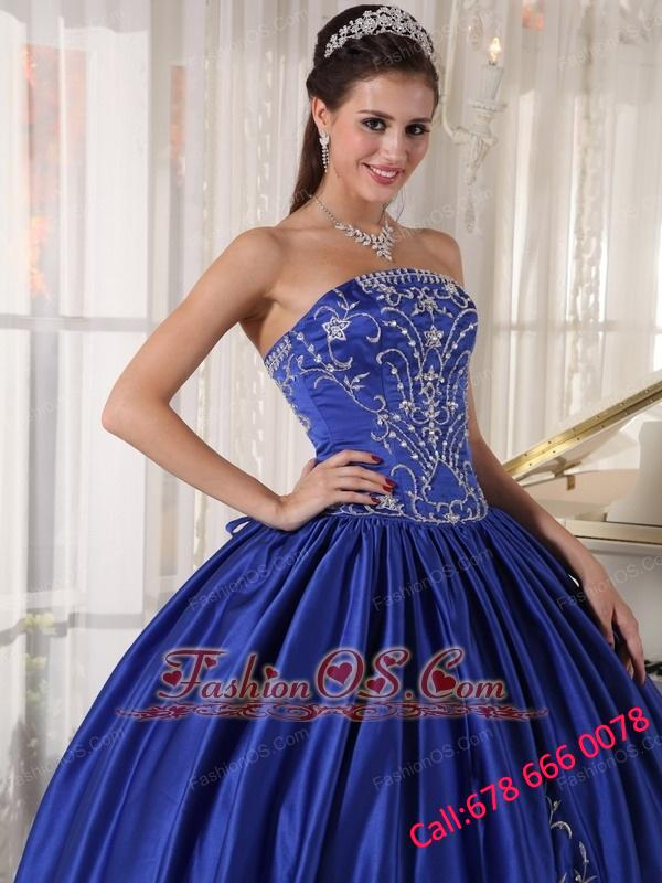 Popular Blue Quinceanera Dress Strapless Satin Embroidery Ball Gown