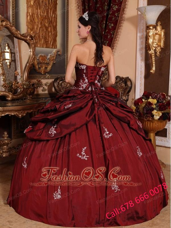 Remarkable Wine Red Quinceanera Dress Sweetheart Taffeta Appliques Ball Gown